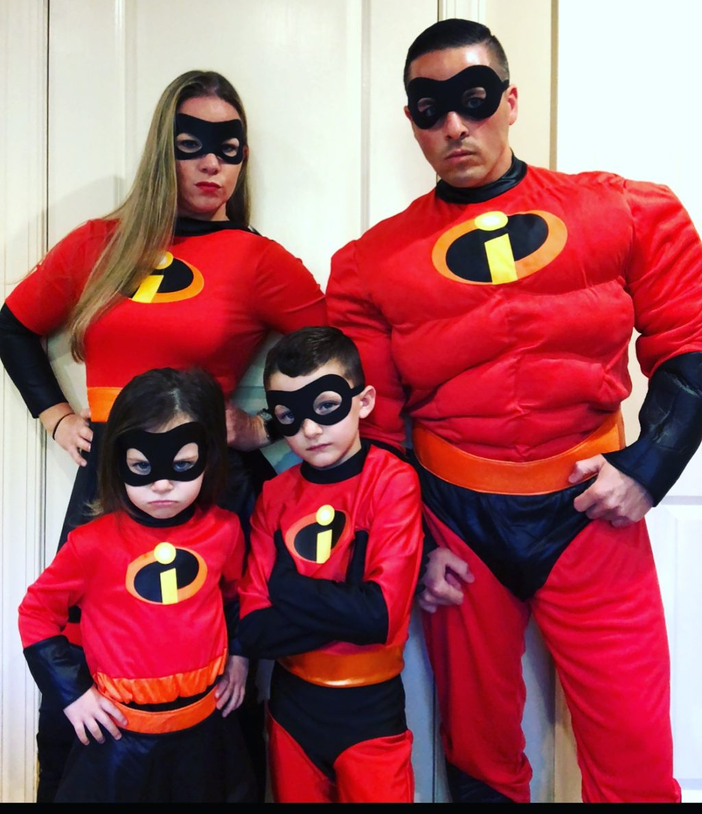 Halloween Costume 303.Incredibles Halloween Costume Contest 2018