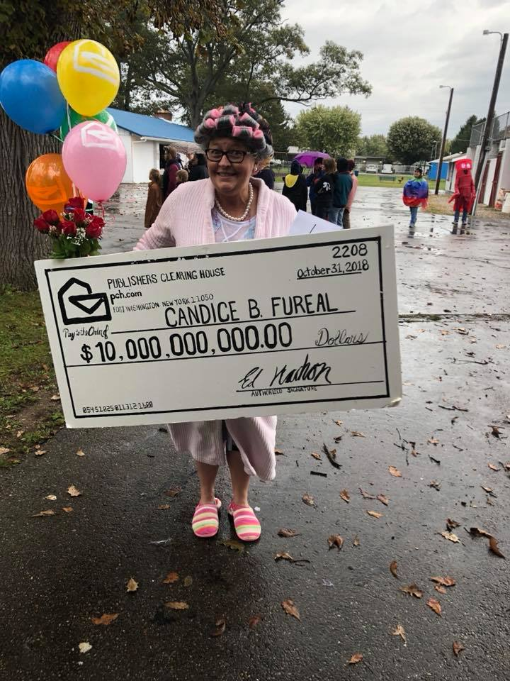 Publishers Clearing House Winner | Halloween Costume Contest 2018