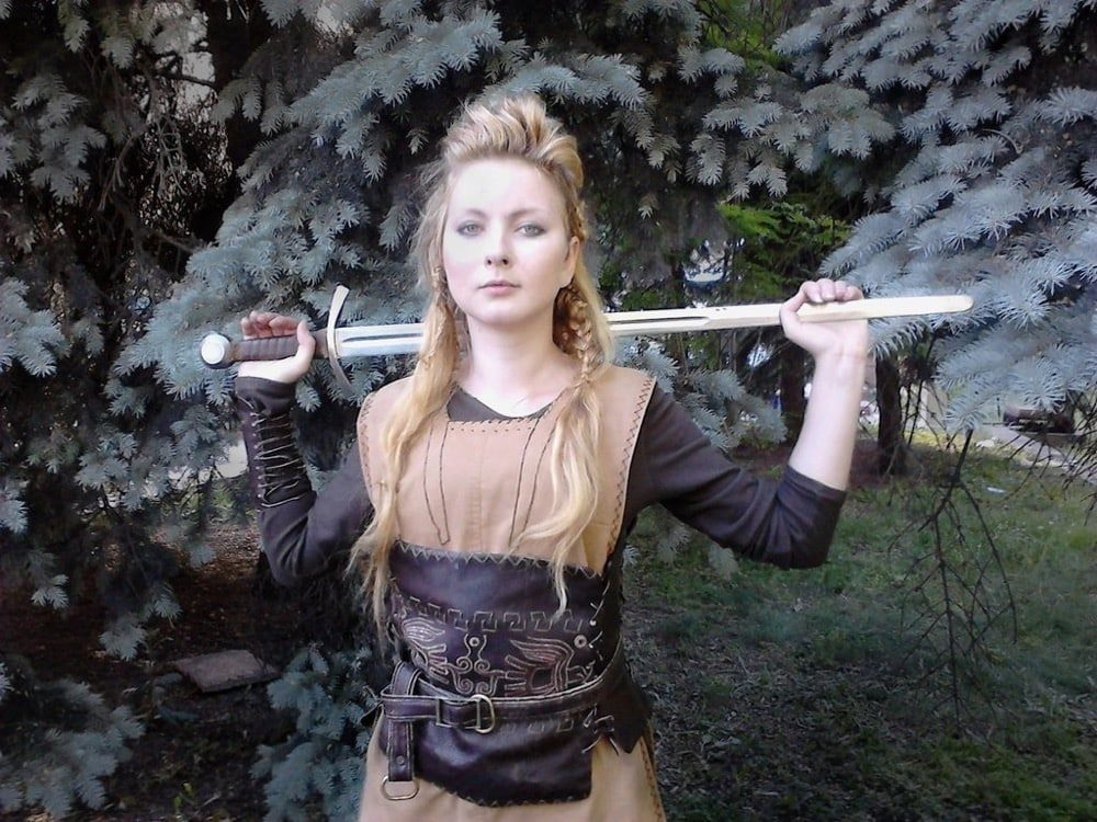 Dress Like Lagertha Costume DIY Outfit | Costume Wall