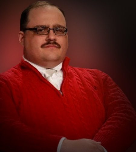 Dress Like Ken Bone Costume Halloween And Cosplay Guides
