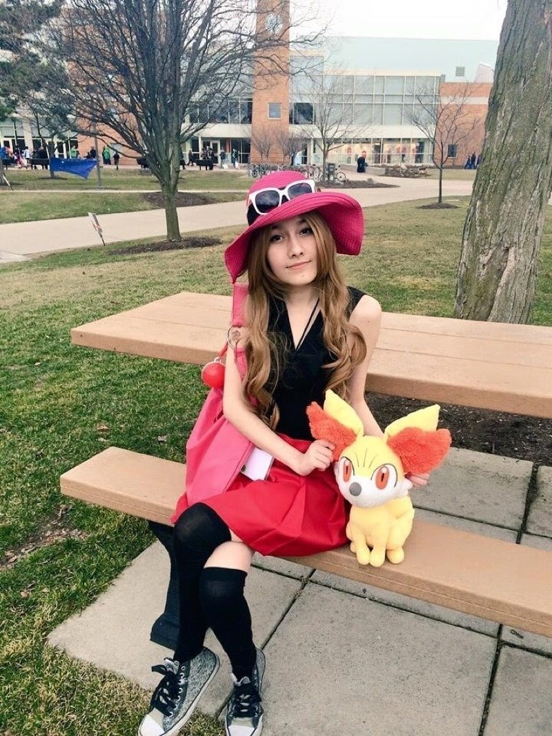 Dress Like Serena from Pokemon - 295.4KB